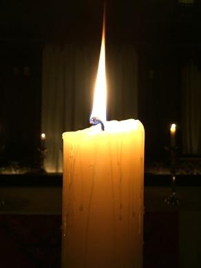 candle-2128084_960_720