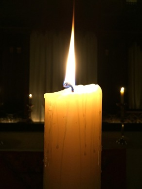 candle-2128084_960_720