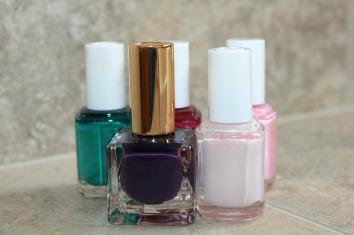 nail-polish-2364739_1280