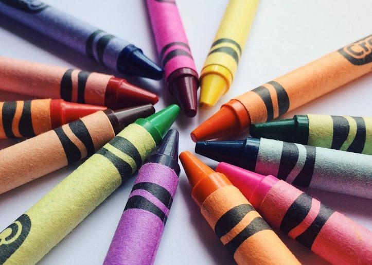 crayons-2663935_960_720.jpg